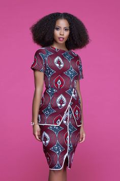 Here at Grass-fields we have an awesome range of African dress designs. Whether you're after an African print maxi or midi dress, we've got something for you. African Fashion Ankara, African Inspired Fashion, African Print Dresses, African Dresses For Women, African Print Fashion, Africa Fashion, African Attire, African Women, African Prints