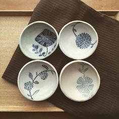 益子で作陶されてる松崎麗さんの小皿。