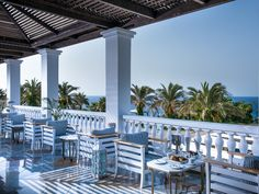 Book the Radisson Blu Milatos Beach Resort, located on Crete's northern shore & a picturesque, luxury getaway with dramatic views of the dazzling waterfront. Crete Holiday, Radisson Hotel, Blue Beach, Luxury Holidays, Beach Resorts, Pergola, Outdoor Structures, Outdoor Decor, Outdoor Pergola