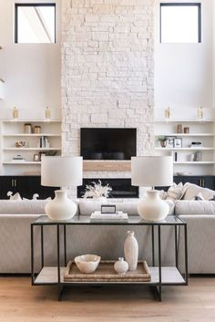 Home Living Room, Living Room Designs, Living Room Decor, Living Spaces, Small Living, Living Room Fireplace, Fireplace Doors, Kitchen Living, Modern Living