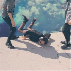 Local Natives – Hummingbird: great new album. Columbia, a song about one of the band member's recently deceased mother, is moving. Incredible drumming throughout, reminiscent of Philip Selway (Radiohead).