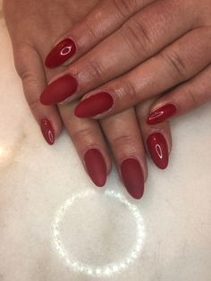 Ongles rouge Forme amandes Red Nails, Beauty, Red Nail, Almonds, Shape, Red Toenails, Beauty Illustration