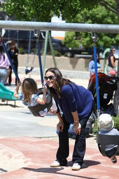 Jennifer Garner and Seraphina have a park playdate