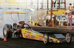 """The Snake's Hot Wheels """"Yellow Feather"""", at Lions - The Beach. Don Prudhomme, Snake And Mongoose, Top Fuel Dragster, Nhra Drag Racing, Thing 1, Vintage Race Car, Drag Cars, Vintage Humor, Car Girls"""