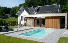 Villa White in de omgeving van Spa is een prachtige villa met buitenzwembad. Maar ook in herfst en winter is het heerlijk vertoeven in dit luxe vakantiehuis. Bekijk vakantiehuis: http://www.villaxl.com/nl/vakantiehuis/belgie/ardennen/spa/villa-white_4170.html