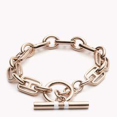 Tommy Hilfiger Tommy Bracelet : rose gold bracelet in a classically chic slim link.