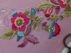 Zardozi work Embroidery On Clothes, Types Of Embroidery, Embroidery Fashion, Hand Embroidery Designs, Embroidery Dress, Embroidery Patterns, Zardosi Embroidery, Tambour Embroidery, Indian Embroidery