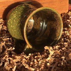#pottery #handbuilt #mug using #amaaco #glaze    #canadianhandcrafted   #handmade  #canadianmade   #tuckers  #beyondcraftshow  #whitchurchstouffville   #yorkregion   #townofws   #potterysupplyhouse   #musselmanslake  #ceramicartdaily  #shopwithme_ca  #amacobrent Ceramic Arts Daily, D Craft, Serendipity, Glaze, Pottery, Photo And Video, Mugs, Videos, Photos