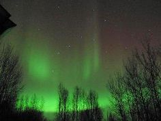 I want to see the aurora borealis in person soo badly... it is on my must see/must do list...