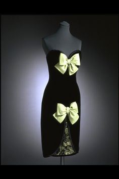 Dress Yves Saint Laurent, 1986 The Victoria & Albert Museum