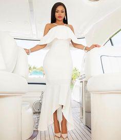 So chic for the bridal event of your choice! The Sophia dress! Cc: @chiccoutureonline #bridalshower #rehearsaldinner #bachelorettedinner #allwhiteparty  #fashion #style #stylish #blackbride #blackbride1998 #bridalevents #weddings