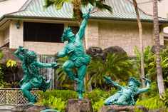 "Kim Taylor Reece ""Hula"" #Statues @ #Hilton Village, #Waikiki, #Hawaii Hawaiian Homes, Hawaiian Decor, Kim Taylor Reece, Outdoor Art, Outdoor Decor, Hawaiian Dancers, Hula Dancers, Tropical Houses, Beautiful Islands"