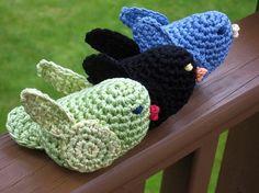 Caroline's bird - free crochet pattern on Ravelry Crochet Bird Patterns, Crochet Birds, Love Crochet, Amigurumi Patterns, Crochet Animals, Crochet Crafts, Crochet Dolls, Yarn Crafts, Crochet Flowers