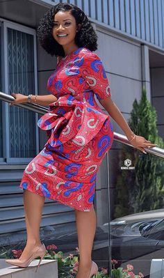 How to Look Classic Like Serwaa Amihere - 30 Outfits Short African Dresses, Latest African Fashion Dresses, African Print Dresses, African Print Fashion, African Prints, Ankara Fashion, Africa Fashion, African Fabric, Short Dresses