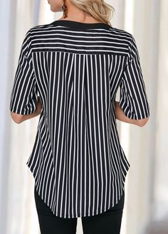 Half Sleeve Shop Womens Fashion Tops, Blouses, T Shirts, Knitwear Online Black Curves, Summer Blouses, Blouse And Skirt, Western Outfits, Half Sleeves, Pattern Fashion, Blouses For Women, Plus Size Fashion, Clothes