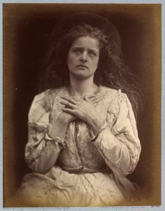 """funeral-wreaths: """" Julia Margaret Cameron, 'So now I think my time is near — I trust it is — I know, / The blessed Music went that way my soul will have to go', 1875 """" Antique Photos, Vintage Photographs, Old Photos, Vintage Photos, Vintage Portrait, Julia Margaret Cameron Photography, Julia Cameron, Alfred Stieglitz, John William Waterhouse"""