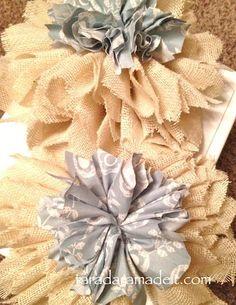 DIY Tutorial: Burlap Flowers / DIY How to make Burlap Flowers - Bead