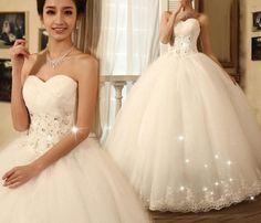 Graceful A-Line Floor-Length Sweet-Heart Lace Wedding Dress
