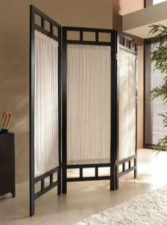 11 Fantastic Room Divider Ideas For Your Home - Home Professional Decoration Folding Room Dividers, Diy Room Divider, Room Divider Screen, Room Screen, Divider Ideas, Room Divider Bookcase, Fabric Room Dividers, Room Partition Designs, Decorative Screens