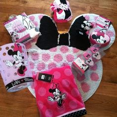 NEW! Huge Lot DISNEY Minnie Mouse Bath Set Shower Curtain Hooks Towel Rug + MORE