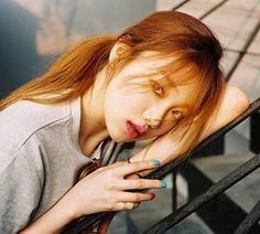 Model, Actress Lee Sung Kyung - YG Press