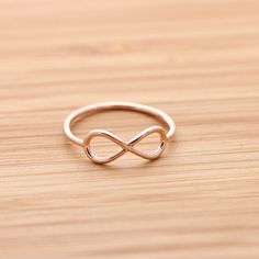 simple INFINITY ring, in pinkgold