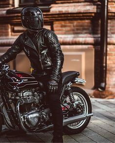 Discover a variety of my most popular builds - custom scrambler motorcycles like Cafe Racer Motorcycle, Moto Bike, Motorcycle Style, Motorcycle Outfit, Cafe Racer Style, Bike Style, Moto Style, Motocross, Nine T Bmw