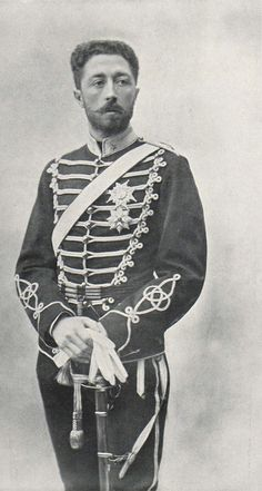 Prins Eugen, swedish prince,born August 1, 1865 as the fourth and youngest son of King Oscar II and Queen Sophia. Eugene showed early artistic talent and he received instruction in drawing and paintings by various artists. On August 17, 1947 Prince Eugene died at his home. By his will he donated his home and his collections to the Swedish state and the summer of 1948 was Prince Eugens Waldemarsudde open to visitors. Photographer Gösta Florman