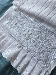 silk ribbon embroidery designs and Hardanger Embroidery, Silk Ribbon Embroidery, White Embroidery, Embroidery Stitches, Embroidery Patterns, Hand Embroidery, Sewing Pants, Swedish Weaving, Embroidery For Beginners