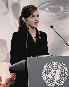 Emma talking about women's rights Harry James Potter, Hermione Granger, Emma Watson Style, Hogwarts, Daniel Radcliffe, Celebs, Celebrities, Girl Crushes, Powerful Women