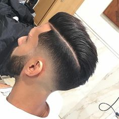 "1,402 Me gusta, 7 comentarios - KEEP IT CONTAGIOUS (@sickestbarbers) en Instagram: "" NEED A STYLE LIKE THIS FROM @BARBERSHOP_SALONTRIFONE? Download @TheBarberPost APP . And…"""