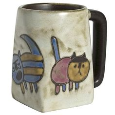 Round Face Cats Mara Mug