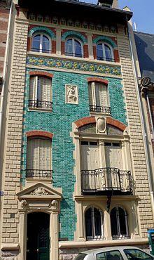 Hôtel Dumas (1892) 51, boulevard Berthier Paris 75017. Architecte : Paul Sédille. Entrée et façade sur la rue Eugène Flachat.
