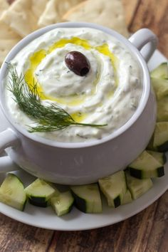 Authentic Greek Tzatziki Dip – learned in Athens! Authentic Greek Tzatziki Dip – learned in Athens! Authentic Greek Tzatziki Dip – learned in Athens! Appetizer Dips, Appetizer Recipes, Delicious Appetizers, Delicious Dishes, Recipes Dinner, Dessert Recipes, Tapas, Do It Yourself Food, Chutneys