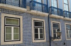 Alicioustravels: The Azulejos of Portugal - Aliciouslog Portugal, House Wall, Random House, Tiles, Windows, Awesome, Outdoor Decor, Home Decor, Room Tiles