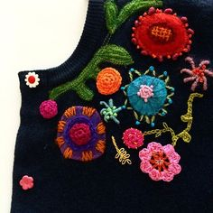 Switched flipflops to #cardigan #cold in #lapland #refashion #embroidery #stitches #crocheting #detail #recycle #stitchlover #flowers #kirjonta #virkkaus #vanhastauutta