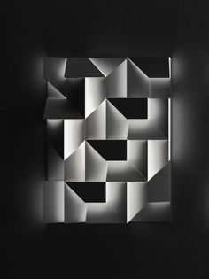 Shadow walls - Charles Kalpakian