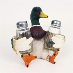 Duck up your decor with this fun salt and pepper shaker!