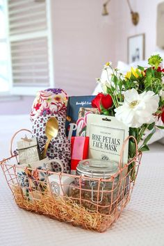 Day Gift Basket & Homemade Protein Granola Mother's Day Breakfast in Bed Gift Basket plus a recipe for Homemade Protein Granola.Mother's Day Breakfast in Bed Gift Basket plus a recipe for Homemade Protein Granola. Mothers Day Baskets, Cute Mothers Day Gifts, Mother's Day Gift Baskets, Diy Gifts For Mom, Christmas Gifts For Mom, Mothers Day Crafts, Homemade Gifts, Basket Gift, Mothers Day Ideas