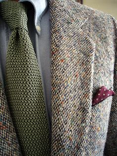 Donegal tweed for Kevin & Howlin, Dublin; Brooks Brothers OCBD; Paul Stuart silk knit tie; unbranded pocket square.
