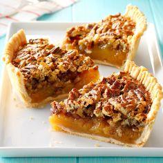 Just Desserts, Delicious Desserts, Pecan Desserts, Pie Recipes, Dessert Recipes, Best Pecan Pie, Pecan Pies, Pecan Pie Cobbler, Gourmet