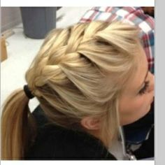 Love this easy hairstyle! French braided pony tail!!