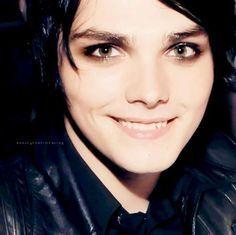 Gerard Way, his smile AHH