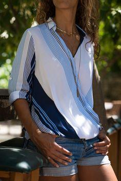 Kadın Mavi Beyaz Kruvaze Çizgili Bluz AYN-1258 Free Me | Trendyol