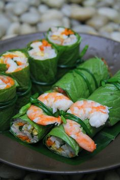Recipe: Fresh Green Rolls (Shrimp, Veggies and Rice Noodles) must try this