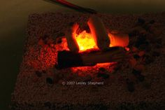 How to Make Lamps and Flickering Fires for Dollhouse and Model Scenes: Make A Flickering Miniature Fire from LED's