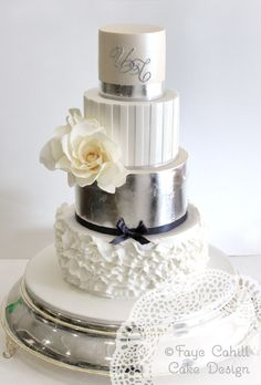 @KatieSheaDesign ♡❤ #Cakes ❤♡ ♥ ❥ Includes fine ruffling and a custom monogram.