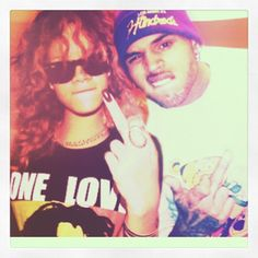 Rihanna and Chris Brown together for a colabo?