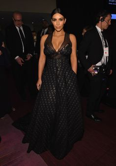 Kim Kardashian West's Time 100 Gala Sophie Theallet Black Eyelet 'DanceHall' gown with Gold lame and french lace detailing Kim Kardashian Kanye West, Kardashian Photos, Kardashian Style, Daily Fashion, Fashion News, Cocktail Pictures, Sophie Theallet, Gold Lame, French Lace