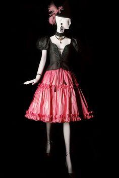The label revolutionized 20th-century fashion.